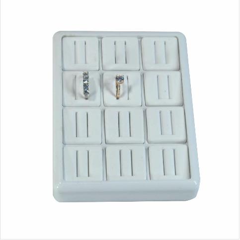 - Alyans Tablası 13x17 cm Plastik Beyaz