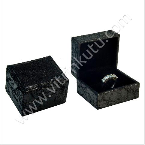 - Deri Yüzük Kutusu 6.5x5.5 cm Çatlak Desenli