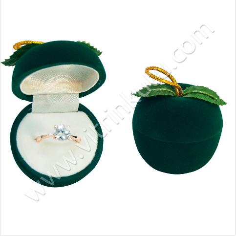 - Elma Yüzük Kutusu 4x4 cm Yeşil