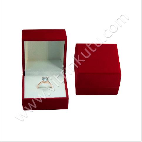 - Flok Yüzük Kutusu Büyük 6x6 cm Kırmızı