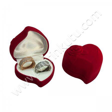 - Kalpli Alyans Kutusu 6x6 cm Gül Kabartmalı Kırmızı