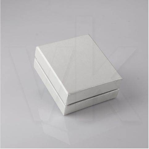 - Kelepçe Kutusu Karton Lüks Beyaz İç Bordo Sünger