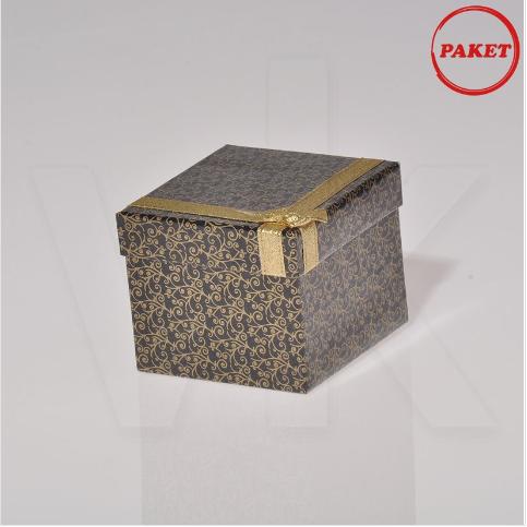 - Kelepçe Saat Kutusu Kurdelalı 9x9 cm 12'li Paket Karton