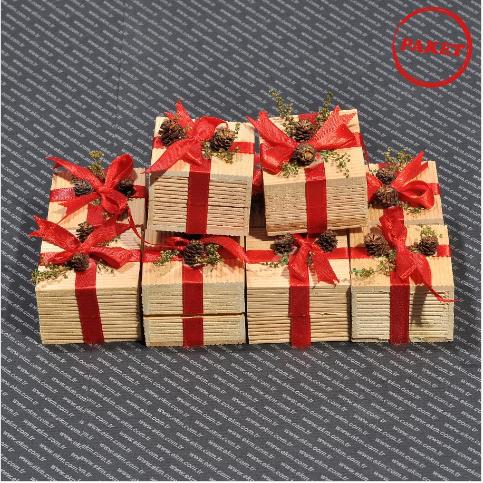 - Kibrit Yüzük Kutusu 5x5 cm Kuşaklı Ağaç 12′li Paket Kırmızı