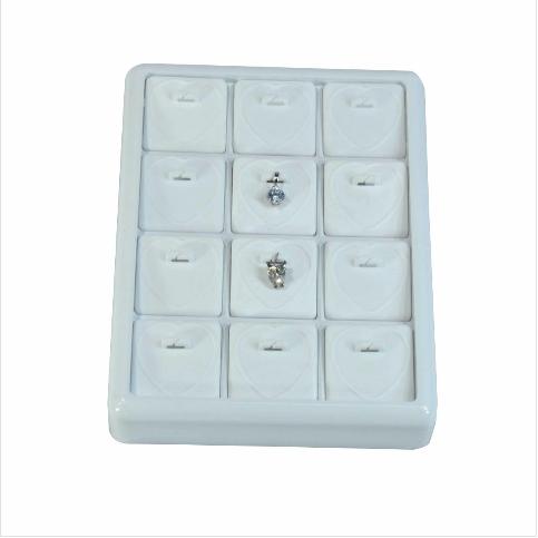 - Kolye Ucu Tablası 13x17 cm Plastik Beyaz