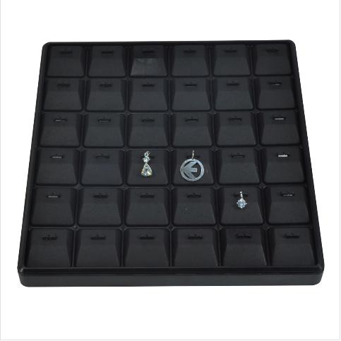 - Kolye Ucu Tablası 25x25 cm Plastik Siyah
