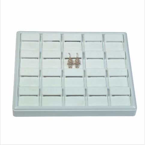 - Küpe Tablası 22x18 cm Beyaz Plastik
