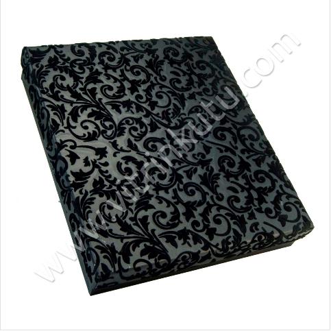 - Üçlü Set Takı Kutusu Karton Flok 17.5x21 cm Siyah
