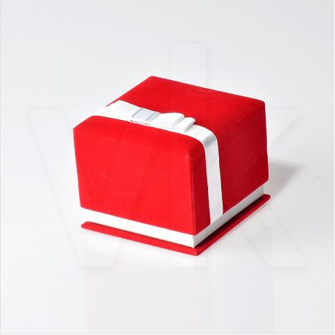 - Yüksek Kelepçe Kutusu Kurdela Kuşaklı Kadife Kırmızı