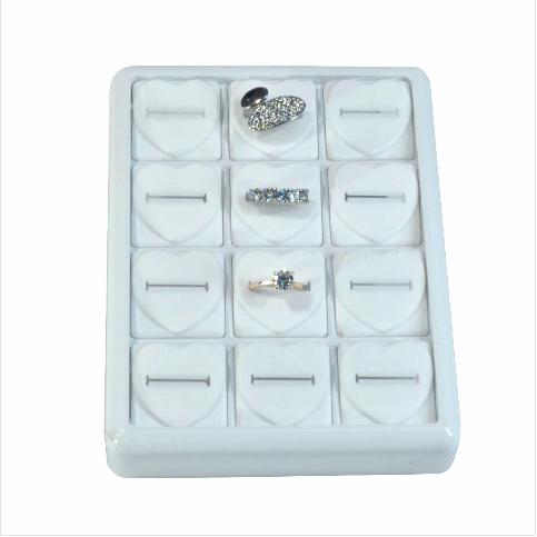 - Yüzük Tablası 13x17 cm Plastik Beyaz